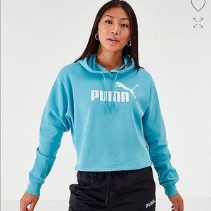 Puma Elevated Essentials Cropped Fleece Hoodie